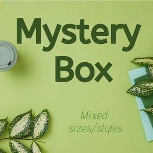 Women reseller mystery box Zara Free People J Crew